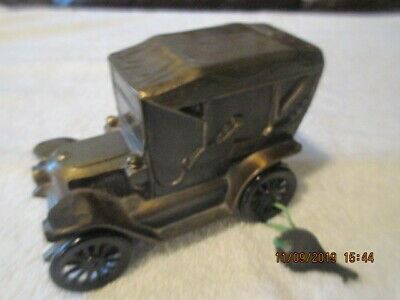Vintage Metal Banthrico 1910 Stanley Car Bank & key Capital Federal Savings CO