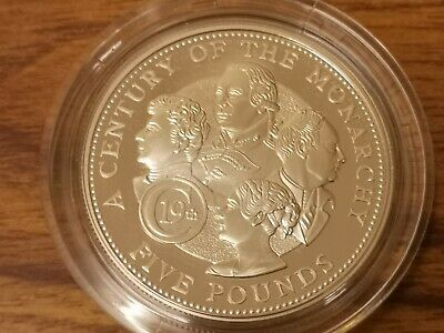 2001 Guernsey silver proof Five pounds £5 coin -  28.3g :Century of the Monarchy
