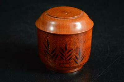 U1526: Japan Wooden Grass Bird gold lacquer pattern TEA CADDY Chaire Container