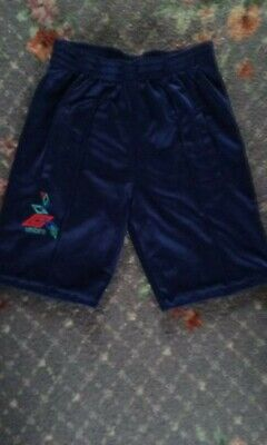 Vintage 80s Umbro childs shorts (size24)