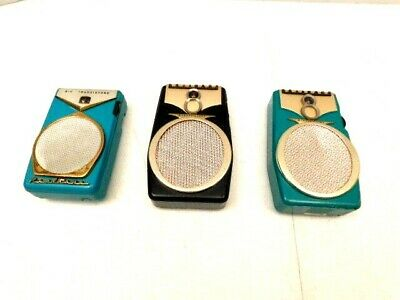 Vintage Old Antique Realtone Transistor Radios Blowout Sale All For One Price