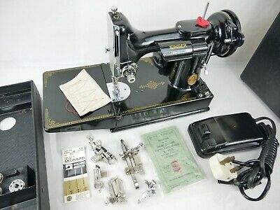 Vintage Singer 221K Featherweight Sewing Machine 22 January 1948 Case Manual