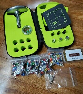 Provo Craft Silent Setter lot with assorted shaped eyelets and brads