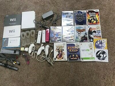 Nintendo Wii White Console RVL-001-12 Games, 3 Controllers, 4 Nunchucks-Tested