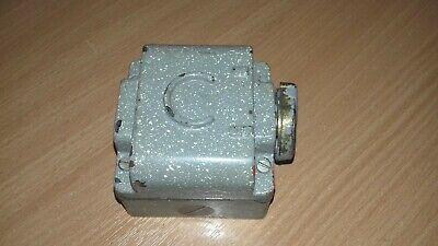 """Vintage CRABTREE """"SATURN"""" INDUSTRIAL LIGHT SWITCH (side operated)   v.g.c"""