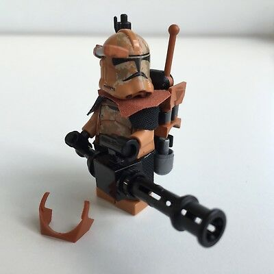 Lego Star Wars Geonosis Clone Trooper + Top Custom Equipment & Mini Gun
