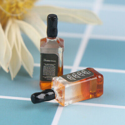 2Pcs 1/12 Dollhouse Miniature Accessories Resin Wine Bottles Doll House Deco-
