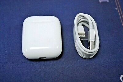 Apple AirPods 1st Generation With Charging Case And Charging Cable