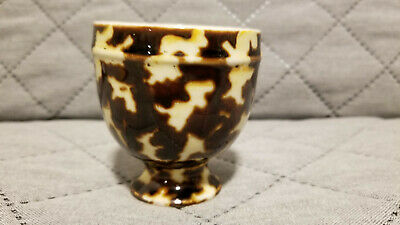 Chinese Porcelain Stem Cup With Nice Design