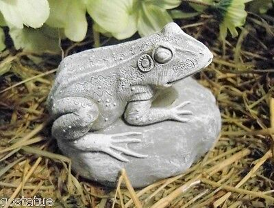 "Latex frog mold plaster concrete casting mould 3.5"" x 2.75"""