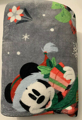 Disney Parks Santa Mickey & Minnie Mouse Reversible Christmas Throw Blanket