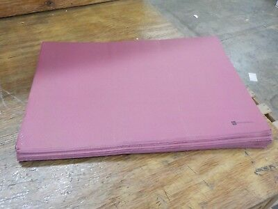 "Single Use Placemat - Heavy Weight - Burgundy - 20"" x 14"" - 1000ct Box - Restaur"