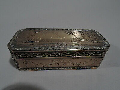 Antique Snuffbox - Small Bright Cut Neoclassical Box - French 18K Gold