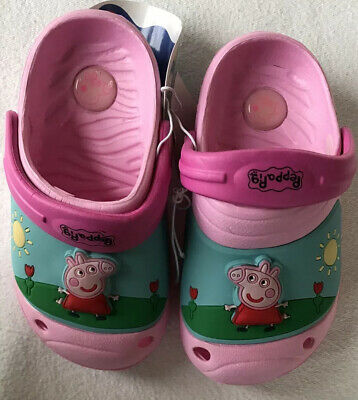 Super Cute PEPPA Pig  Girls Light Up Shoes/Sandles - Toddlers Size 7 - New