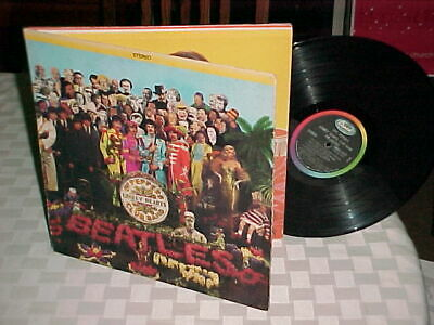 "The Beatles ""Sgt. Pepper's Lonely Hearts Club Band"" LP 1967 Stereo Capitol W/Ins"