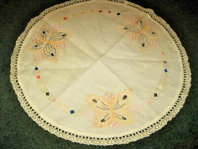 """Vintage Hand Embroidered Round Table Cover approx 20"""" Dia"""