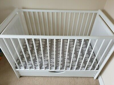 RRP 149 GBP NEW WHITE-BLUE 2in1 COT-BED 120x60 WITH A 3-PIECE BEDDING no 14