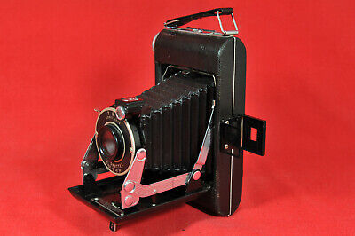 Kodak Vigilant Six-20 Folding Camera