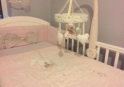 Mamas And Papas Bedding Set With Mobile Cotbed