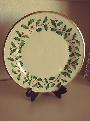 """Lenox Dimension Collection Holiday Holly Dinner Plates  New - 10 3/4"""" - Lot of 8"""