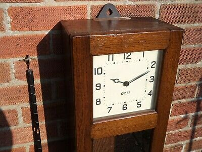 GENTS OF LEICESTER Type C6 MASTER CLOCK in RARE COLOUR DARK OAK CASE (Good Cond)