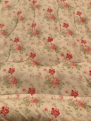 Antique Floral Feather Beautiful Eiderdown Cabbages & Roses Style Single