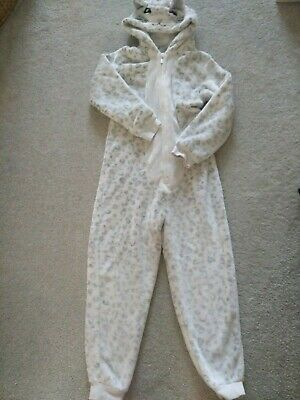 Girls white snow leopard all in one nightware age 8-9 years