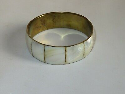 Vintage Brass Bracelet Mother of Pearl Shell (93A)