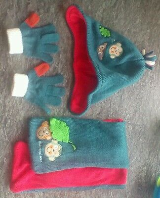 Winter Hat Gloves and Scarf Set - 4-6 Years