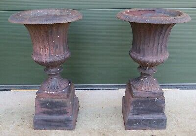 """classical influence Victorian style urn 12.5"""" tall An impressive cast iron"""
