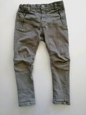 Boys size 3-4, H&M, Green Shaped denim pants / jeans, adjustable waist, GUC