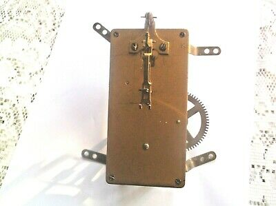 MECHANISM  FROM AN OLD MANTLE CLOCK working order ref BB 314