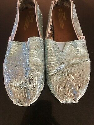 Girls Toms Slip On Ice Blue Frozen Sparkly Canvas Youth UK size 2 (Y3)
