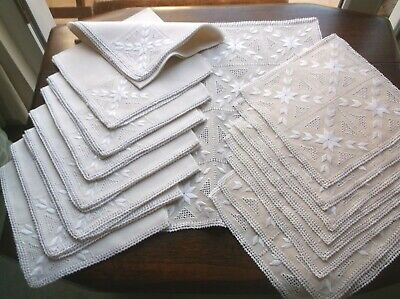 Vintage Linen Embroidered Dining Table Set  ?