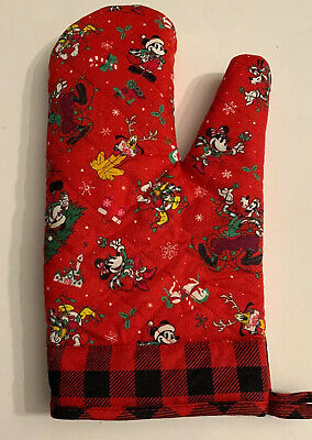 Disney Parks Christmas Oven Pot Mitt Mickey Mouse Friends