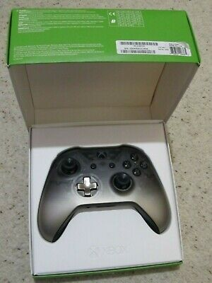 Official Microsoft Xbox One S 1708 Wireless Controller Phantom Black Boxed