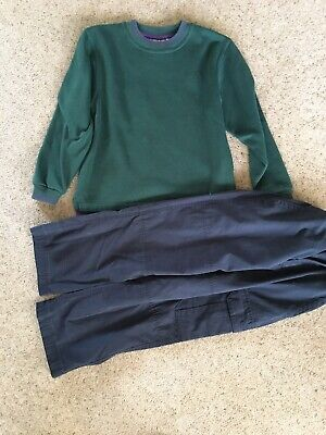 """Cubs Sweatshirt 26"""" And Trousers Age 7-8"""