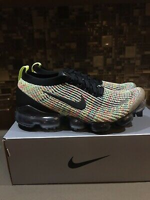 Nike Men's Air VaporMax Flyknit 3 Running Sneakers Black Volt Blue Size 10 NWOB!