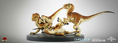 LE /300 Chronicle Collectibles Jurassic Park Crash McCreery's Baby Raptors New