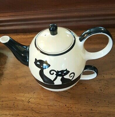 Hues N Brews Tea for One Teapot And Cup  Cats, Paw Prints, Black & Cream