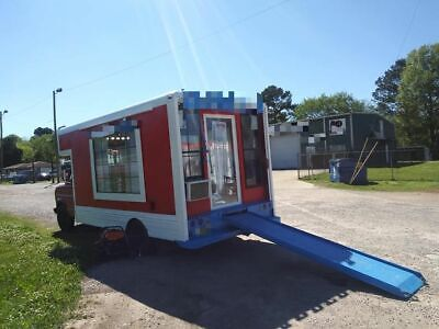Ready to Work Ford Econoline Barbershop on Wheels / Used Mobile Barbershop Unit