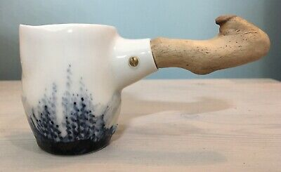 Porcelain Sauce Pouring Vessel With Long Wooden Handle