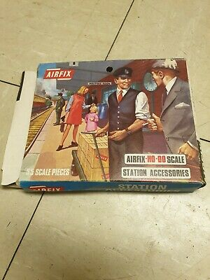 Airfix Station Accessories - S42-69 55 piece set - vintage new in the box