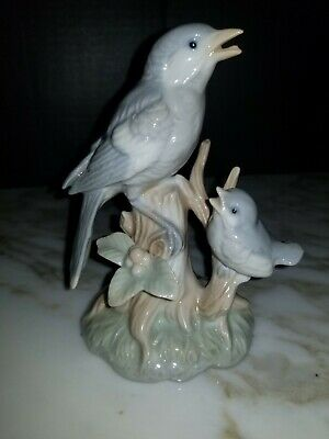 Vintage - Omc - Japan - Porcelain - Mother With Baby Blue Bird Figurine