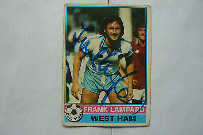 1977 SIGNED FRANK LAMPARD snr TOPPS TRADE CARD