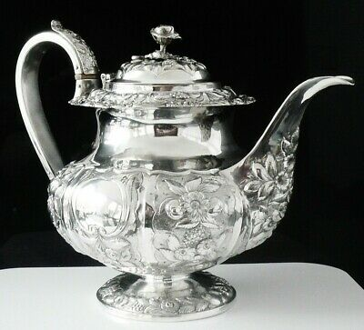 Large Antique Silver Teapot, William Hewitt, London c.1830, 3 PINT Capacity