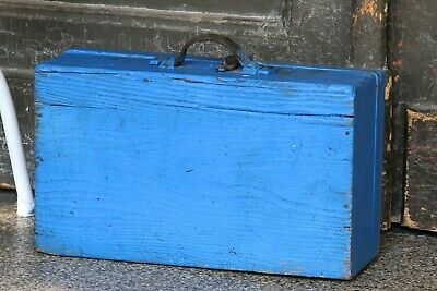 Old Fashioned Blue Wooden Tool Box Antique Suitcase Travel Chest Box with Handle