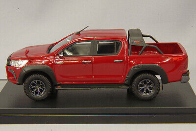 1 43 Hi-Story Model Toyota Hilux 4WD TRD Customization Red 2017