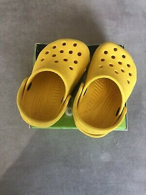 Rare Yellow Crocs Size 2/3 Yellow Water Shoes Sandals Basic Clogs Slip On