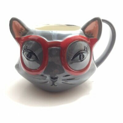 Home essentials coffee mug Cat With Red Glasses